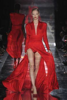 Alexandre Vauthier, Haute Couture Fall/Winter 2011.  #Alexandre Vauthier#Haute Couture#Fall/Winter#2011#Melissa Tammerijn  4 MONTHS AGO2