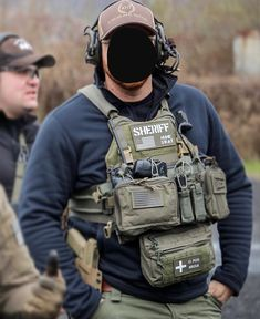 Police Tactical Gear, Airsoft Gear, Plate Carrier Setup, Man Gear, Delta Force, Chest Rig, Military Gear, Body Armor, Swat