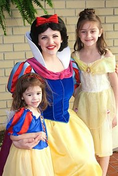 Disney World Tip -- For a private meeting with Snow White, go to The City Hall in Magic Kingdom and ask to see her.