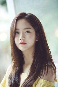 Kim So-hyun Looks Forward to Her Brightening @ HanCinema :: The Korean Movie and Drama Database Hyun Kim, Kim So Eun, Korean Beauty, Asian Beauty, Natural Beauty, Korean Actresses, Korean Actors, Korean Celebrities, Beautiful Asian Women