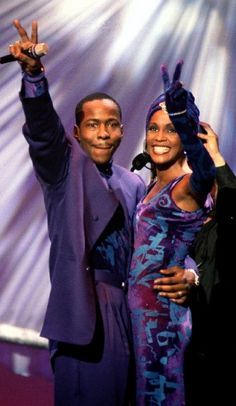 "everythingwhitneyhouston: "" There were sometimes we'd laugh our tails off…. -Whitney Houston on her relationship with Bobby Brown "" Beverly Hills, Whitney Houston Pictures, I Look To You, New Jack Swing, Vintage Black Glamour, Paisley Park, Thing 1, Hip Hop And R&b, Celine Dion"