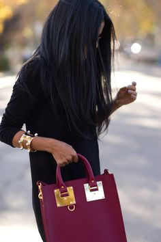 The color of that bag is beautiful!!