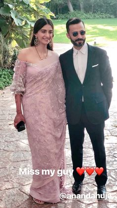 Sonam Kapoor Ahuja and Anand Ahuja got hitched on May after taking for over four years. The two held a grand reception at Leela which was attended by the who's and who of Bollywood. Indian Celebrities, Bollywood Celebrities, Bollywood Fashion, Bollywood Style, Bollywood Actors, Dress Indian Style, Indian Dresses, Indian Outfits, Saree Dress