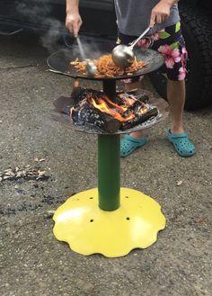 Cowboy wok stand