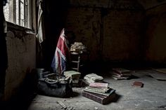 Creepy Photos Of Doctor's Deserted Mansion
