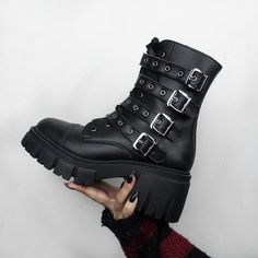 Looking for comfortable vegan shoes?👀🍃🌿 These babies are called Murani Vegan Black Boots shot by @FireCarnage69 Combat Boots, Ankle Boots, Vegan Shoes, Boot Brands, Platform Boots, Grunge Outfits, Black Boots, All Black, Goth
