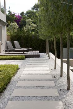Peter Fudge Gardens: interesting way of placing timber decking over gravel