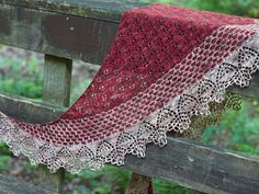 Ravelry: Hassonite two-color shawl by Corrina Ferguson, knitting pattern