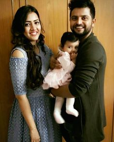 The Suresh Raina Family ❤ 😍😘 Cricket Time, World Cricket, Cricket Sport, Cute Celebrities, Celebs, Ms Dhoni Photos, Image Hero, Sports Couples, Dhoni Wallpapers