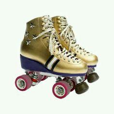 Designer Clothes, Shoes & Bags for Women Quad Roller Skates, Roller Derby, Roller Skating, Rollers, Skate Store, Roller Disco, Son Luna, Sporty Outfits, Burton Snowboards