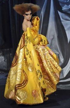 Dior`s Theatrics Revive Klimt`s Eroticism - Fashion - Lifestyle