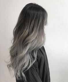 Hair Trends We Are Happy to Leave Behind This Year - Grey Ombre Hair Hair Trends We Are Happy to Leave Behind This Year - Grey Ombre Hair - khloekardashian Hair Updo ft QT HAIR Hot Shot Ombre Finalists 2017 Black-grey ombre . Hair Color Streaks, Ombre Hair Color, Hair Highlights, Hair Colour, Brunette Color, Color Highlights, Silver Ombre Hair, Brown Ombre Hair, Gray Ombre