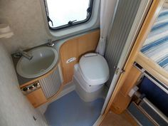 ADRIA TWIN A super fixed bed van conversion. Diesel Photos | Motorhome Trader Mobile