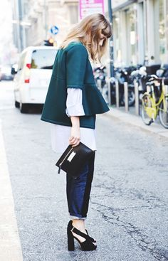 Boxy top, white button-down and baggy jeans form the perfect loose-fit look. // #StreetStyle