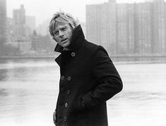 """Robert Redford gave a lesson of style on how to wear a winter staple, a peacoat, on """"The Three Days of the Condor"""". Peacoats are somehow bas. Robert Redford, Portrait Male, Gorgeous Men, Beautiful People, Photo D Art, Raining Men, Famous Faces, Famous Men, Mannequins"""