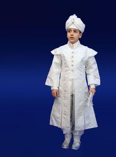 Sünnet-kıyafeti-Şehzade-Murat2.jpg (600×814)