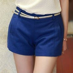 Latest Solid Low Waist Slanted Pocket Wide Leg Shorts For Women(With Belt)