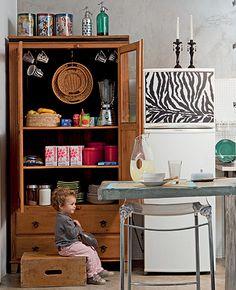 Armário de madeira na cozinha