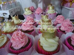 Gold & Pink Princess Birthday Party cupcakes