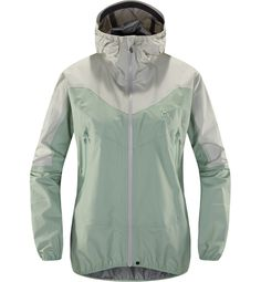 The ultra-light GORE-TEX® Active Shell used in this high-performance garment gives exceptional breathability and protection against the elements. Nordic Walking, Snowboards, Gore Tex, The North Face, Raincoat, Jackets For Women, Bomber Jacket, Shell, Products