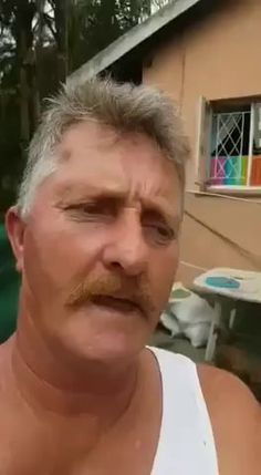 Not one fockin tomato - Funny Moments World Best Funny Videos, Funny Video Memes, Funny Jokes, Hilarious, 9gag Funny, Sarcastic Humor, Funny Photos, Best Funny Pictures, Funny As Hell