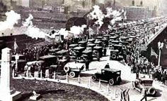 On March 27, 1928, the Liberty Bridge was officially dedicated & opened to traffic, providing a direct connection between the Liberty Tunnels (completed in 1924) & Downtown. Ceremony included 5-mile parade that started at Washington Rd. & Castle Shannon Blvd. in Mt. Lebanon & proceeded through Dormont & Brookline to the bridge. At the time, the Liberty Bridge was highest, longest & costliest in city. Built by Allegheny Co. at cost of $3.4 million ($46.7 million today).