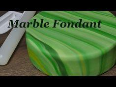 Marmorierter Fondant Marble Cake