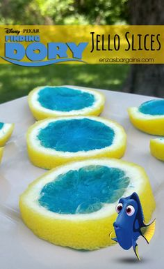 Finding Dory jello slices. Love these for a Finding Dory birthday party!