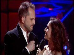 """Miguel Bosé con Ana Belén ♪♪ """"No sé por qué te quiero"""" ♪♪ Gala de Nochebuena 2011 en TVE"""