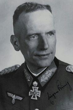 Oberst Eugen König (1896-1985), Kommandeur Grenadier Regiment 451, Ritterkreuz 01.08.1942, Eichenlaub (318) 04.11.1943