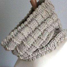 Basket Cowl - via  DIY