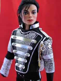 Michael Jackson Photo: Such an awesome MJ doll! Michael Jackson Doll, Janet Jackson, Pretty Dolls, Beautiful Dolls, Celebrity Barbie Dolls, Diva Dolls, Dolls Dolls, African American Dolls, Barbie Collection