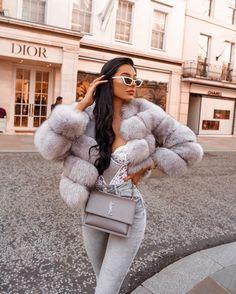 Fur Fashion, Winter Fashion Outfits, Fall Winter Outfits, Autumn Winter Fashion, Fashion Women, Daily Fashion, Fashion Clothes, Summer Outfits, Boujee Outfits