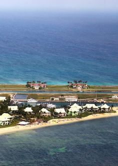 Private Villa Rentals - right on the ocean in West End, Grand Bahama Island, The Bahamas