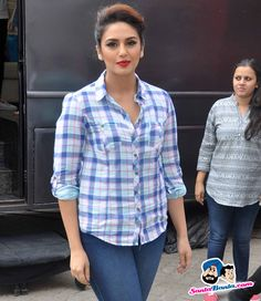 Stars Spotted 2015 -- Huma Qureshi at Mehboob studio, Bandra Picture # 309751
