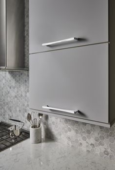 Top Knobs Barrington Collection- Brookline Appliance Pull 12 Inch (c-c) TK769PC Polished Chrome finish