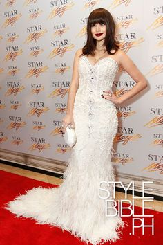 Anne Curtis in Michael Cinco at the Star Magic Ball 2010 via: stylebible. Anne Curtis Smith, Debut Planning, Star Magic Ball, Michael Cinco, Red Carpet Dresses, Formal Dresses, Wedding Dresses, Passion For Fashion, Long Gowns