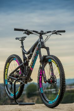 Custom Santa Cruz Bronson - Troydon_Murison's Bike Check - Vital MTB