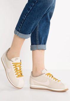 Chaussures Nike Sportswear CLASSIC CORTEZ LUX - Baskets basses - oatmeal/sail/medium brown/khaki beige: 90,00 € chez Zalando (au 01/01/17). Livraison et retours gratuits et service client gratuit au 0800 915 207.