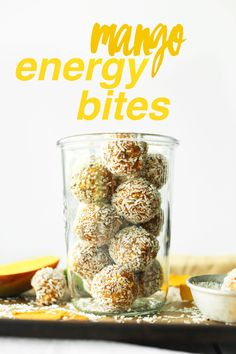 EASY Mango Energy Bites with 6 ingredients, naturally sweetened, full of healthy ingredients!