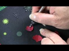 ▶ ‪Making Paper Flowers -- Poppy‬‏ - YouTube