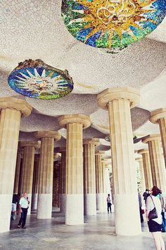 Gaudi's Parc Guell in Barcelona   Costa Brava & Catalunya Excursions in Barcelona Holidays in Barcelona Sightseeing tours, airport transfers, taxi, interpreter and your personal guide in Bar