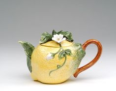 Lemon Teapot makes tea drinking fun