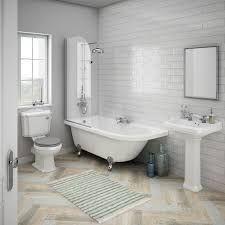 Bildergebnis für traditional bathroom