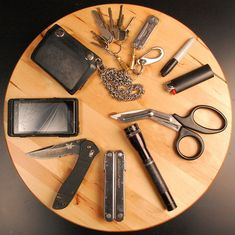 Every Day Carry. Like the EMT scissors in the grouping.