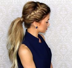 Messy Ponytail with a Dutch Braid Why should simple French and Dutch braids get all the glory in the hair world? Go for a slightly more complex braided look with a fishtailed messy ponytail. This look is ideal for second- or third-day hair! Messy Ponytail Hairstyles, Up Hairstyles, Pretty Hairstyles, Side Braid Into Ponytail, Prom Ponytails, Side Braid Ponytail, Ponytail Ideas, Side Ponytails, Makeup Hairstyle
