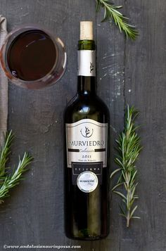 Murviedro Colección Reserva (Tempranillo 40%, Monastrell 40%, Syrah 20%) is a great find. Matured in French and American oak for 12 months, one thing this wine doesn't lack is character. It's robust and full-bodied but with matured tannins and notes of dark berries. A great wine for dark, herby game and lamb dishes. And what do you know - I've got just the recipe for it! #wine #wineblog #winelover #foodandwine #foodblog #winephotography #murviedro #monastrell #redwine #spanishwine