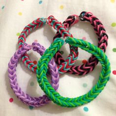 My daughter made fishtail bracelets for her friends. #rainbowloom #fishtail #bracelets