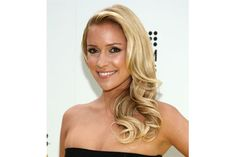 Cavallari's lived-in curls make this side-swept hairstyle perfect for someone who has places to go and people to see.