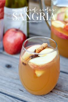 Mulled Apple Cider Sangria - all the warm flavors of fall in one delicious drink!